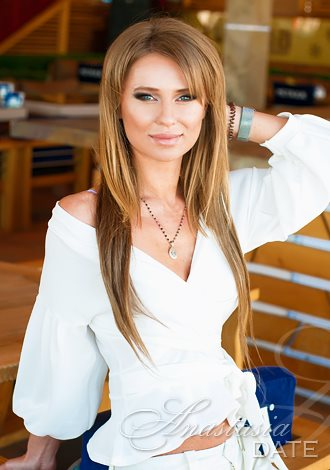 Dating exotic Russian woman; gorgeous girls only: Ekaterina from Odessa
